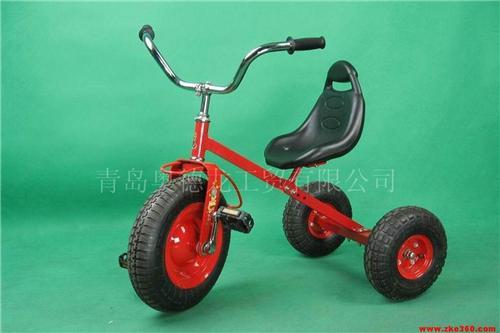 儿童脚踏健身三轮车童车