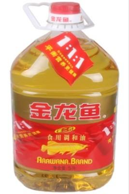 金龙鱼调和油 2.5L/15元 5L/30元